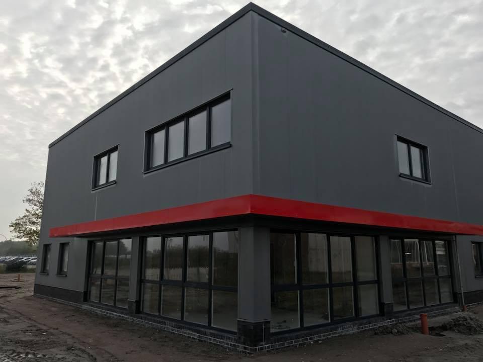 Dachabdichtungsarbeiten in Emden